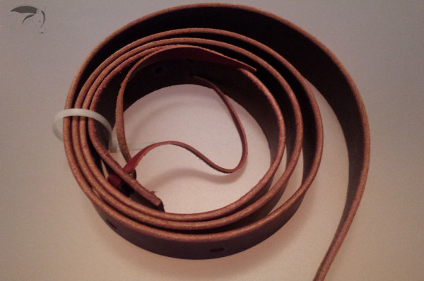 Tie Strap aus Latigo -Leder