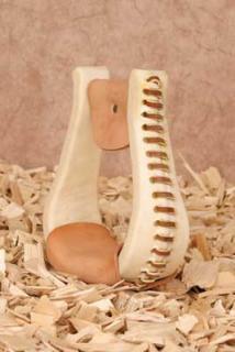 Holzsteigbügel für Westernsattel mit Rohhaut gefertigt